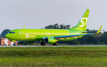 VQ-BKV - S7 Airlines Boeing 737-800