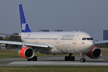 SE-REH - SAS - Scandinavian Airlines Airbus A330-300