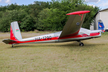 HA-1290 - Private LET L-13 Vivat (all models)