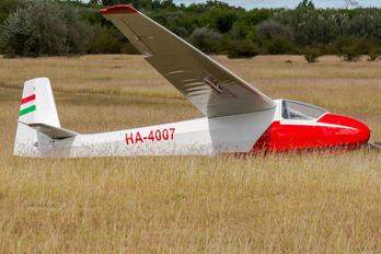 HA-4007 - Private Schleicher K-8B