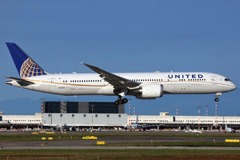 N29961 - United Airlines Boeing 787-9 Dreamliner