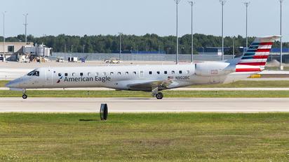 N902BC - American Eagle Embraer EMB-145