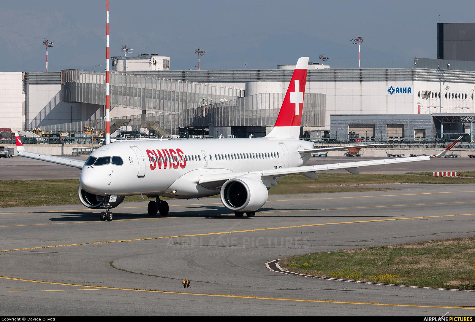 Swiss HB-JCI aircraft at Milan - Malpensa