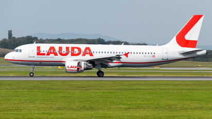 OE-LOS - LaudaMotion Airbus A320