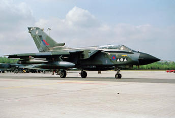 ZA398 - Royal Air Force Panavia Tornado GR.4 / 4A