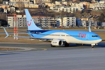 G-TAWO - TUI Airways Boeing 737-800