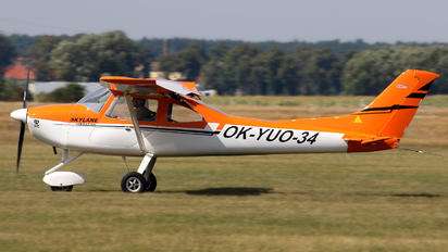OK-YUO 34 - Private AirLony Skylane Townmaster