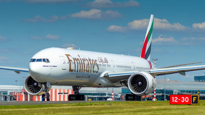 A6-EQK - Emirates Airlines Boeing 777-300ER