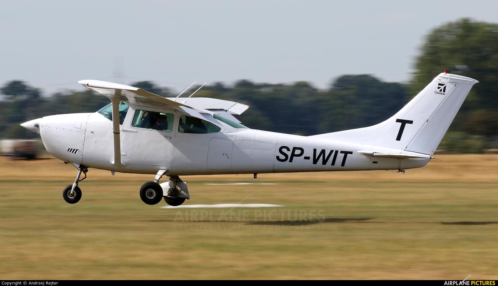 Aeroklub Kujawski SP-WIT aircraft at Leszno - Strzyżewice