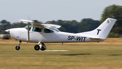 SP-WIT - Aeroklub Kujawski Cessna 182 Skylane (all models except RG)