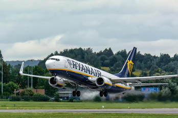 SP-RKT - Ryanair Sun Boeing 737-800
