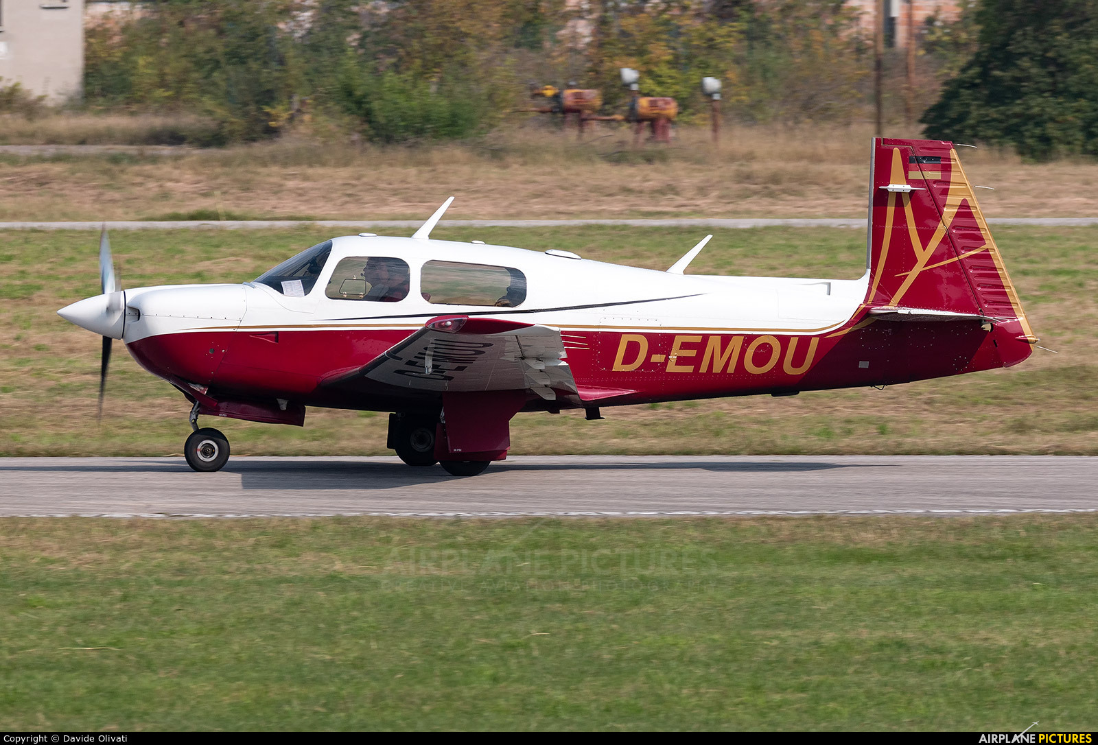 Private D-EMOU aircraft at Verona - Boscomantico