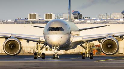 A7-ALJ - Qatar Airways Airbus A350-900