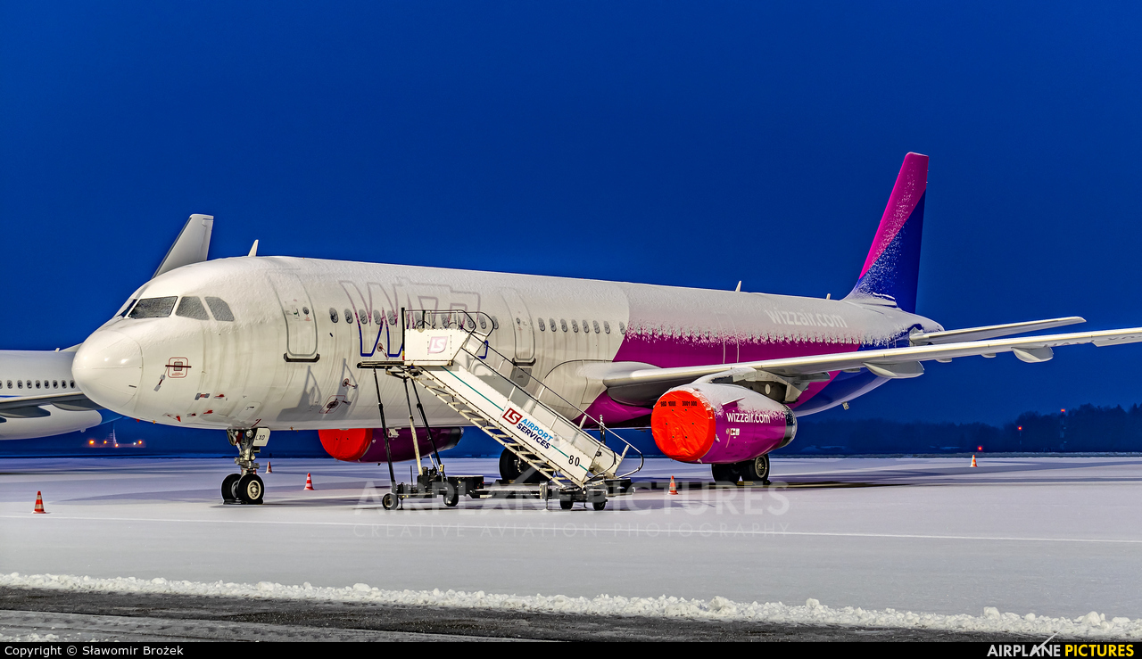 Wizz Air HA-LXO aircraft at Katowice - Pyrzowice
