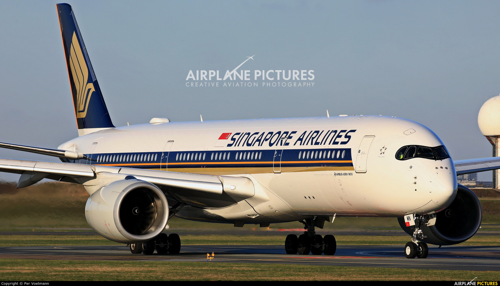 Singapore Airlines 9V-SMN aircraft at Copenhagen Kastrup