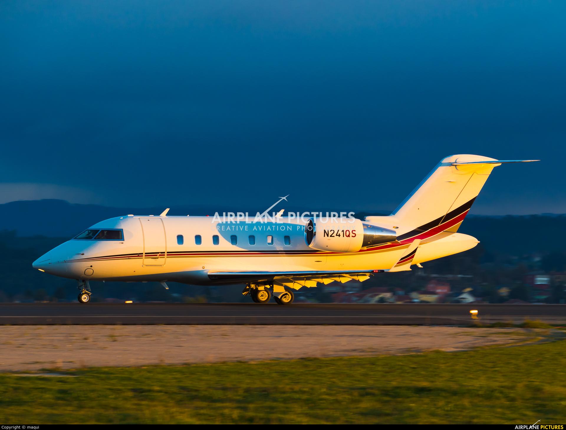 Netjets (USA) N241QS aircraft at La Coruña