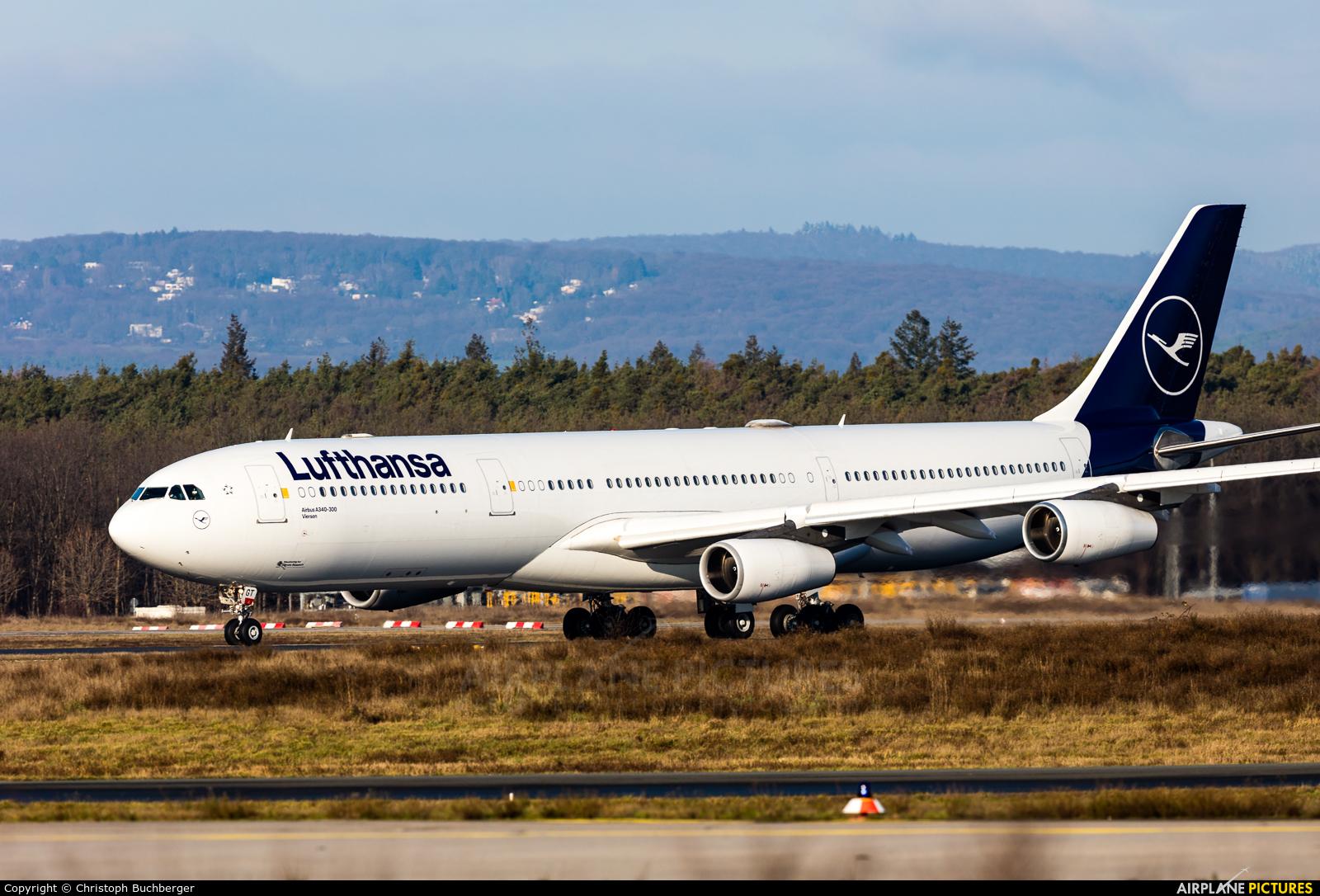 Lufthansa D-AIGT aircraft at Frankfurt