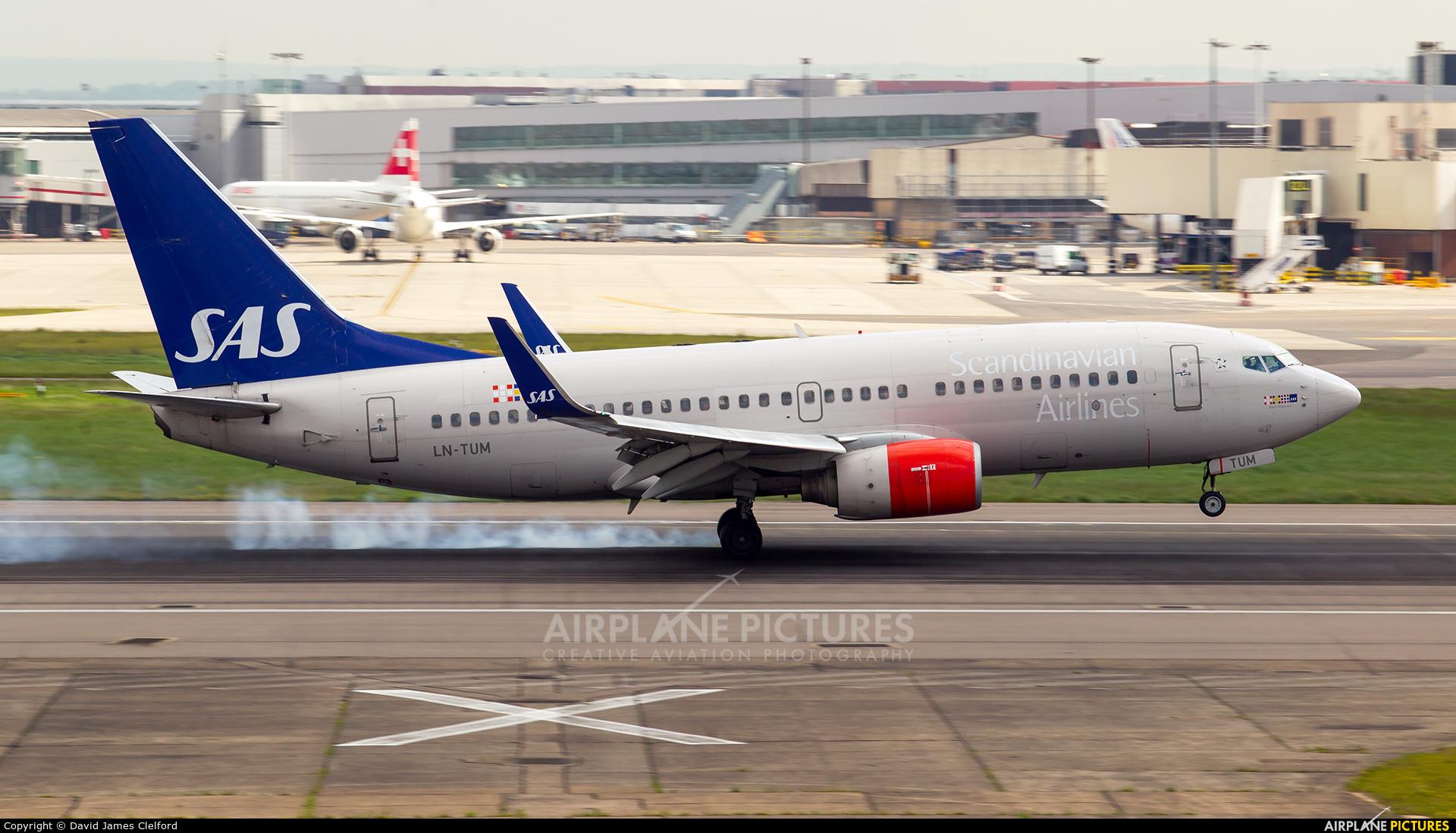 SAS - Scandinavian Airlines LN-TUM aircraft at London - Heathrow