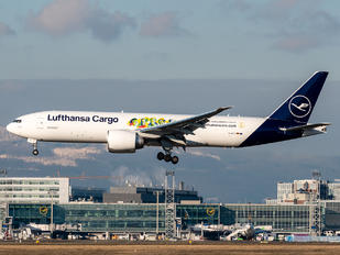 D-ALFI - Lufthansa Cargo Boeing B777-FBT
