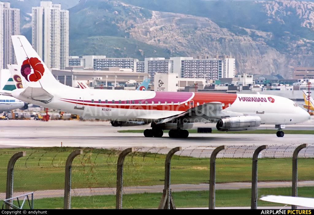 Hawaiian Airlines N3931A aircraft at HKG - Kai Tak Intl CLOSED