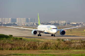 VN-A818 - Bamboo Airways Boeing 787-9 Dreamliner