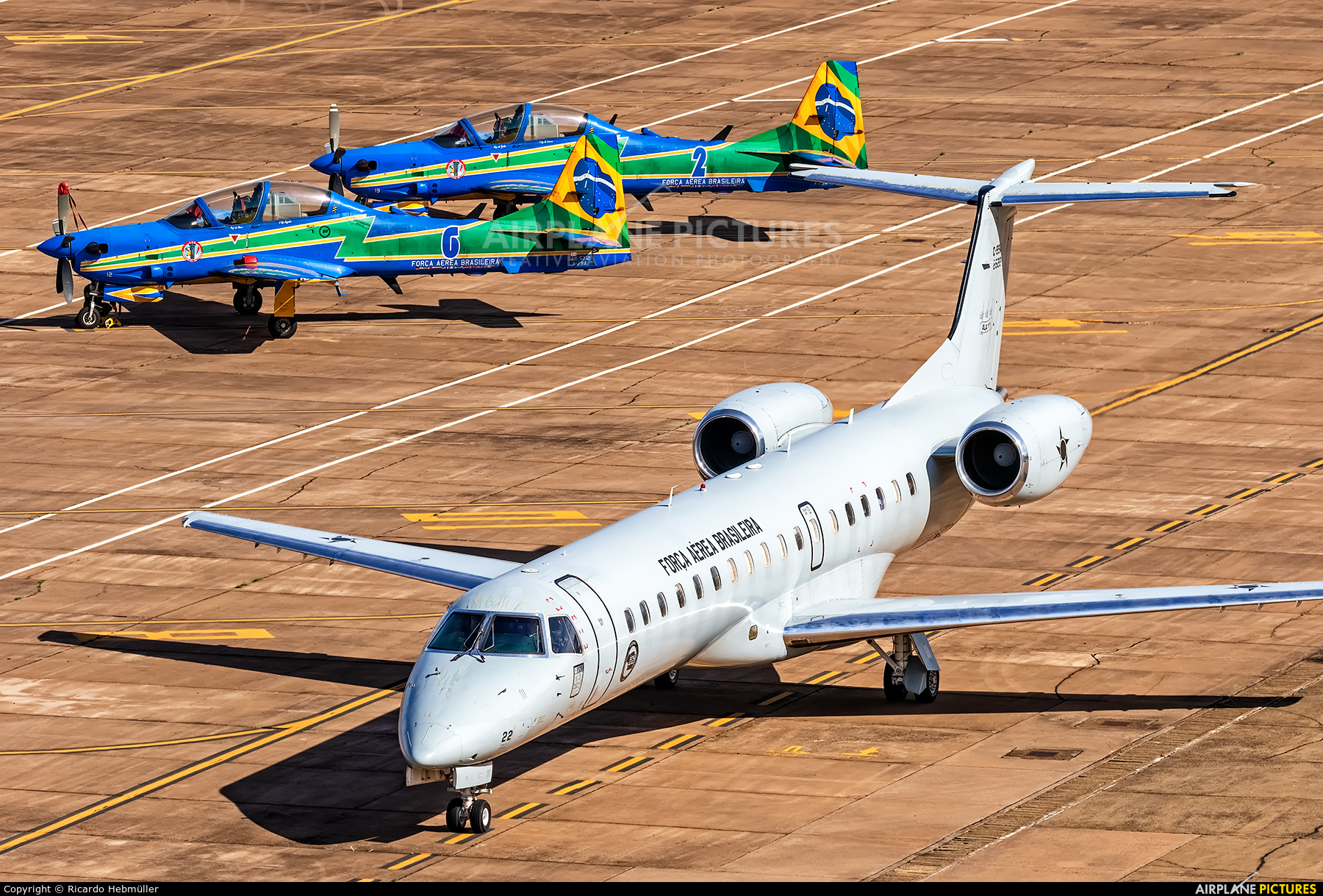 Brazil - Air Force 2522 aircraft at Pirassununga (Campo Fontenelle)