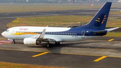 VT-SYT - SpiceJet Boeing 737-700