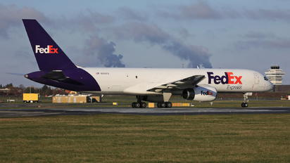 N974FD - FedEx Federal Express Boeing 757-200F