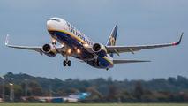 SP-RKP - Ryanair Sun Boeing 737-8AS aircraft