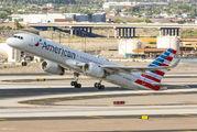 N204UW - American Airlines Boeing 757-200 aircraft
