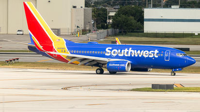 N415WN - Southwest Airlines Boeing 737-400