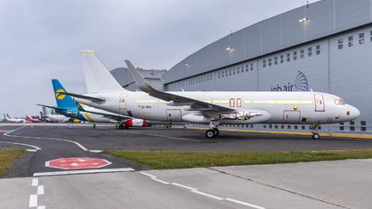 OE-IRU - Air Lease Corporation Airbus A320