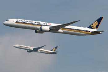 9V-SCJ - Singapore Airlines Boeing 787-10 Dreamliner