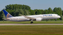 N35953 - United Airlines Boeing 787-9 Dreamliner aircraft