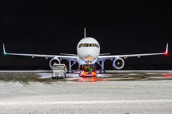 EC-NFN - Cygnus Air Boeing 757-223(SF)