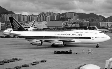 N116KB - Singapore Airlines Boeing 747-300
