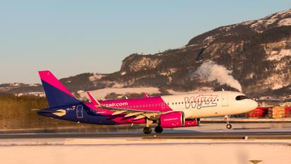 HA-LJF - Wizz Air Airbus A320 NEO