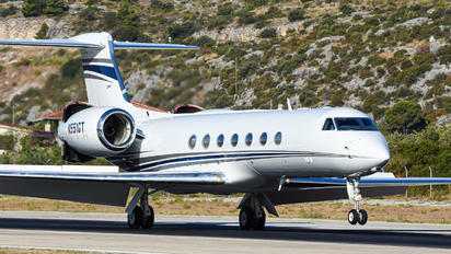 N551GT - Private Gulfstream Aerospace G-V, G-V-SP, G500, G550