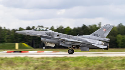 4067 - Poland - Air Force Lockheed Martin F-16C block 52+ Jastrząb
