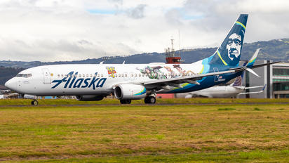 N589AS - Alaska Airlines Boeing 737-800