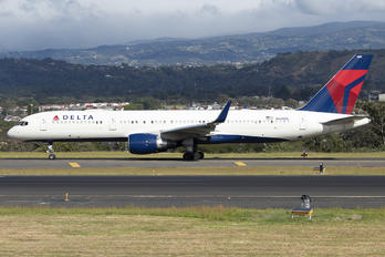 N688DL - Delta Air Lines Boeing 757-200