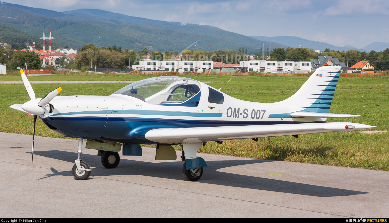 Private OM-S007 aircraft at Prievidza