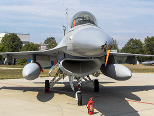 561 - Poland - Air Force General Dynamics F-16A Fighting Falcon