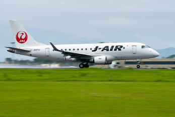 JA211J - J-Air Embraer ERJ-170 (170-100)