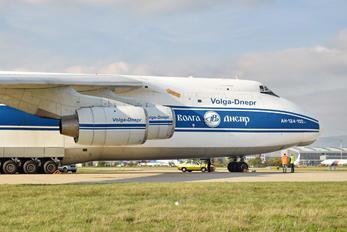 RA-82044 - Volga-Dnepr Antonov An-124