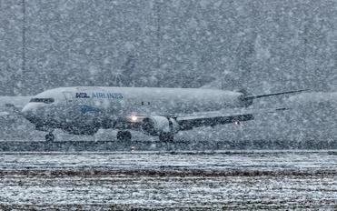 EI-STJ - ASL Airlines Boeing 737-400F