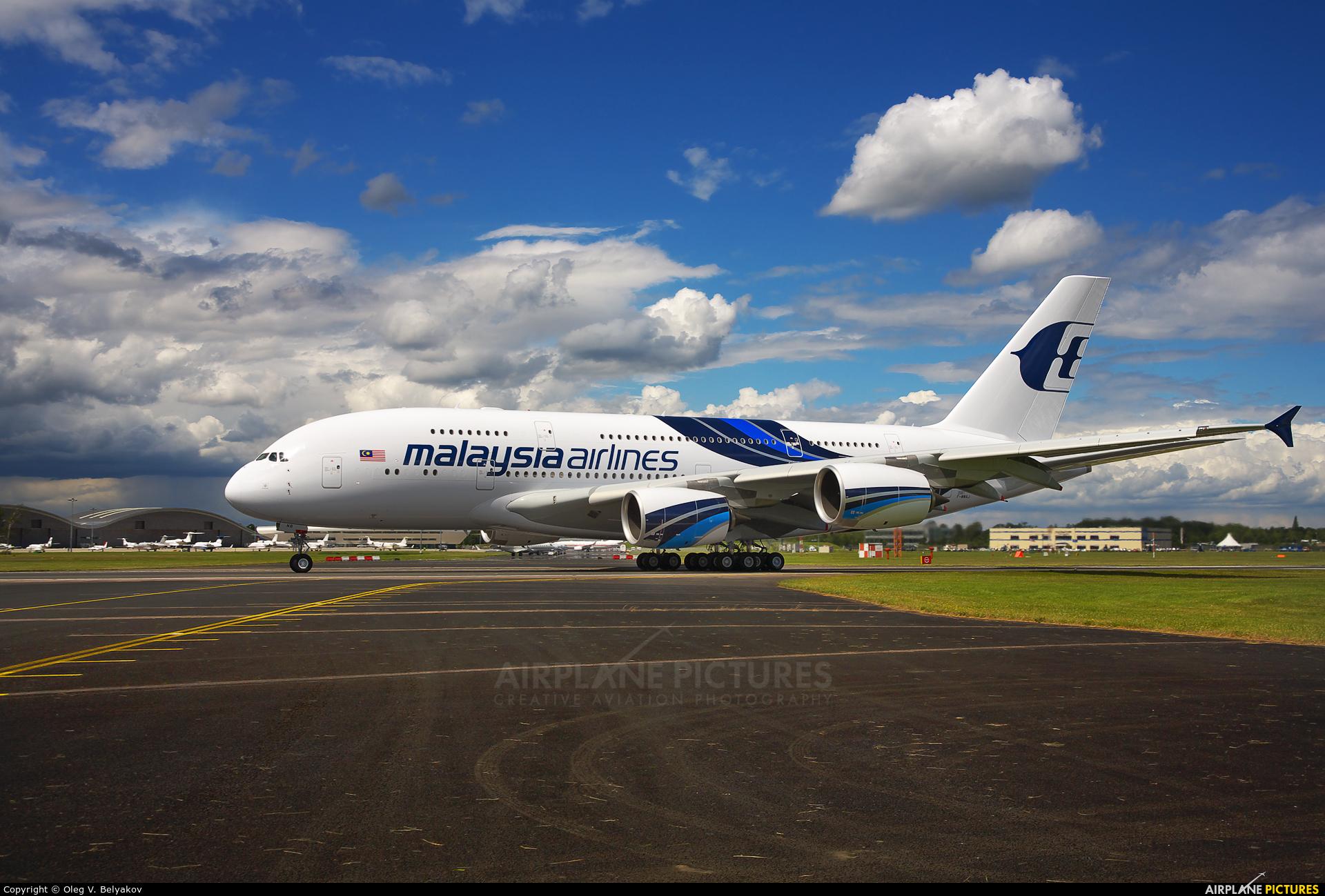 Malaysia Airlines F-WWAJ aircraft at Farnborough