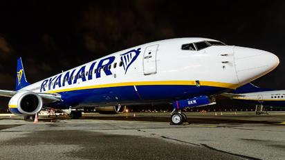 SP-RKM - Buzz Boeing 737-8AS