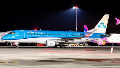 PH-EXT - KLM Cityhopper Embraer ERJ-175 (170-200)