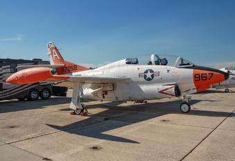 157058 - USA - Navy Rockwell T-2C Buckeye